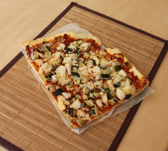 Pizza poulet courgette