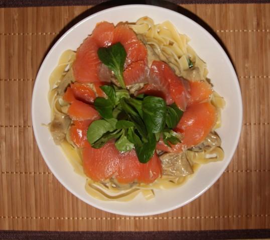 Tagliatelles saumon fumé champignons