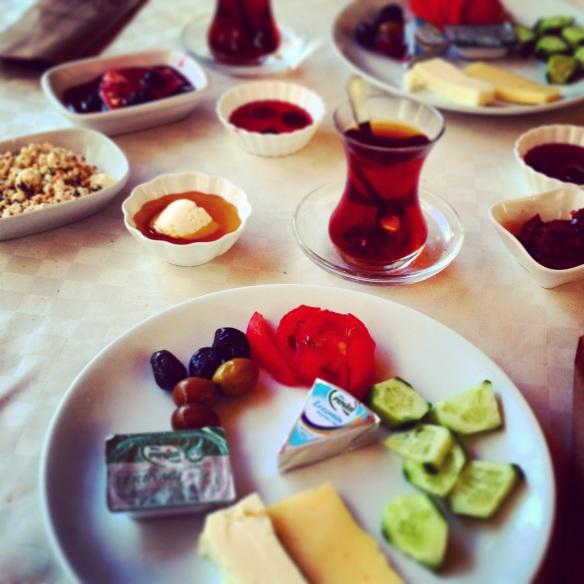 Petit-déjeuner turque Cesme