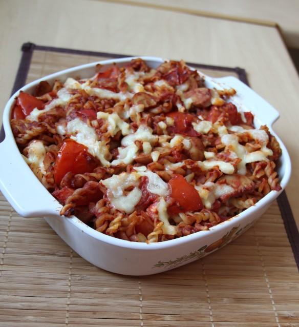 Gratin de pâtes, légumes et mozzarella