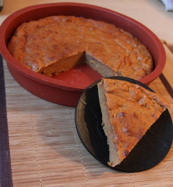 Gâteau fondant à la patet douce, orange et épices