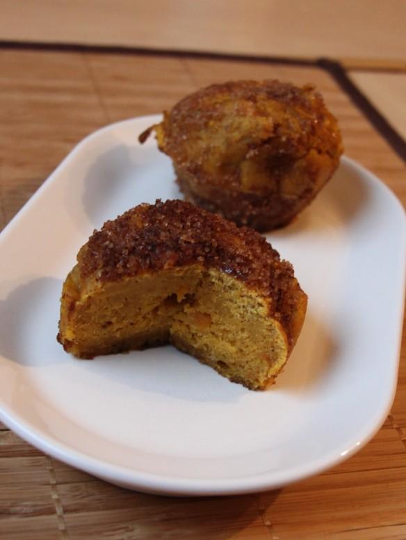 Pumpkin spice donuts - Beignets de potimarron aux épices