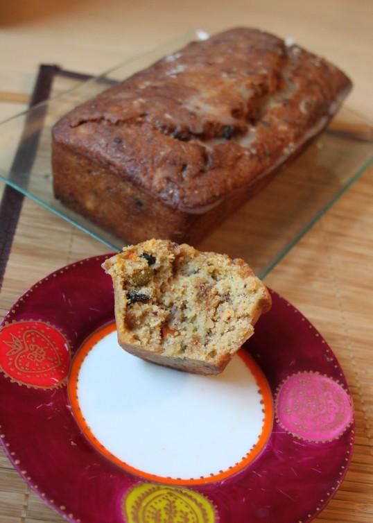Cake de Noël aux agrumes, fruits secs et confits