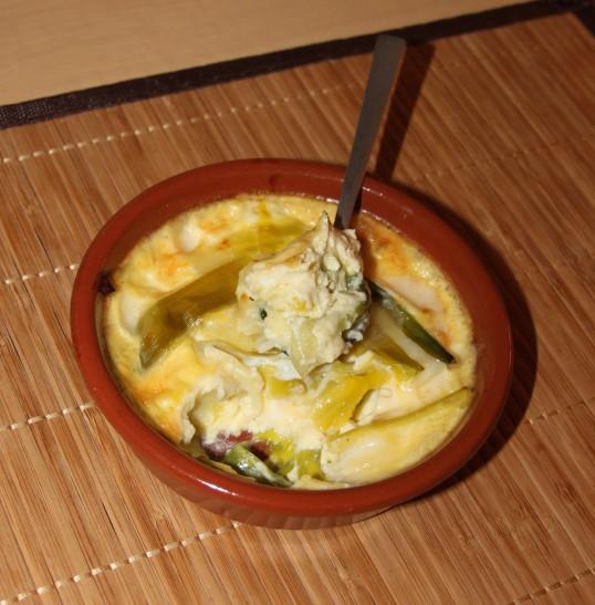Crèmes aux oeufs au poireau et fromage à raclette