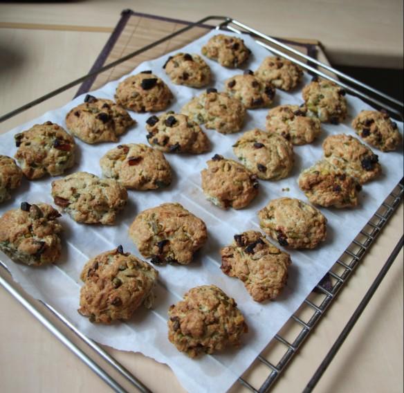 Cookies à la fourme, pistaches & abricots secs