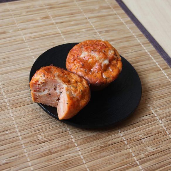 Petits moelleux aux tomates, mozzarella & pesto