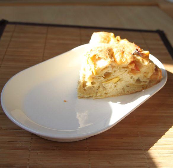 Gâteau moelleux aux pommes et rhum arrangé