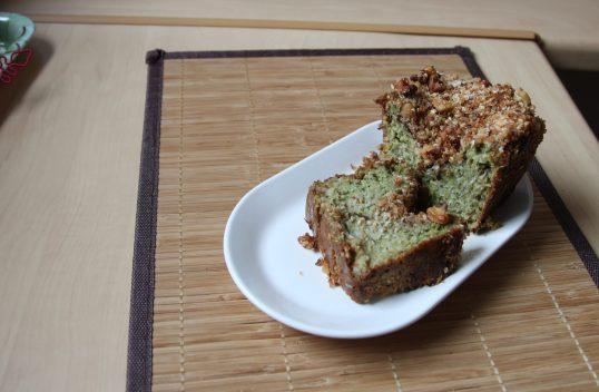 Cake fondant courgette, avocat, noix de coco & streusel aux noix, noix de coco & sésame