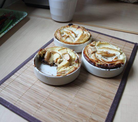Tartelettes aux pommes, lait de riz et chocolat