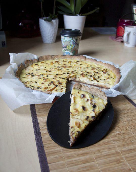 Tarte aux poires, chocolat et crème de soja